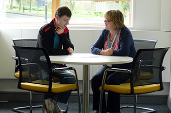 Careers Advisor meeting with student